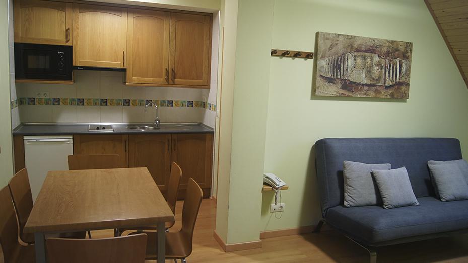 apartamento dos habitaciones pueyo de jaca